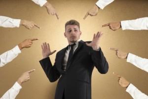 L'hypnose pour affronter le regard des autres