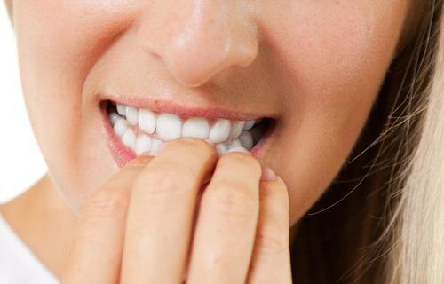 L'hypnose est une solution pour ne plus se ronger les ongles