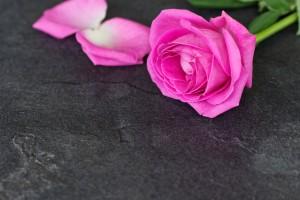 Quels sont les avantages de l'hypnose pour faire son deuil ?