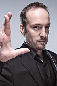 Darren Brown: le visage de l'hypnose moderne